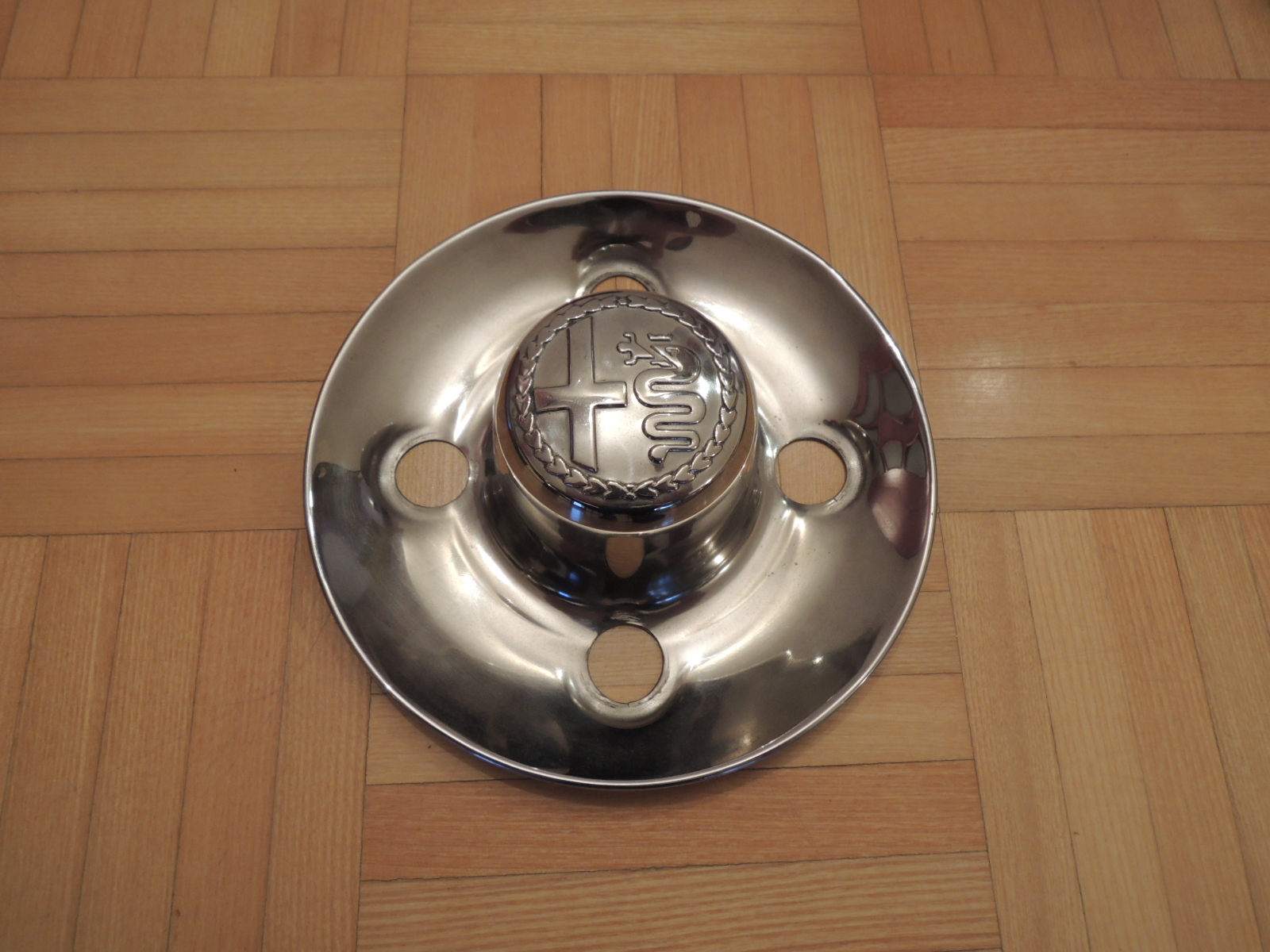 4x108mm stainless steel hubcap(105 serie)